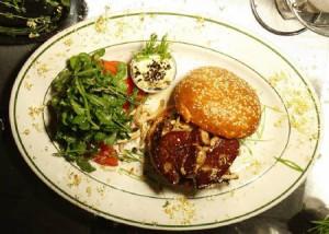 NYで「最も高価なハンバーガー」、1個1万8000円